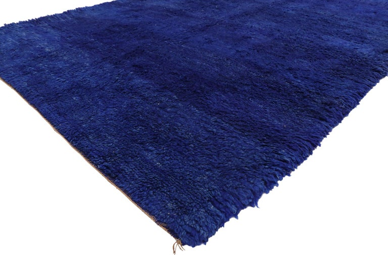 20935, vintage Indigo blue Beni Mrirt Moroccan rug, Berber Shag rug with abstract style. With its plush pile, large field of blue hues, and painterly-like brush strokes, this hand knotted wool vintage Beni Mrirt Moroccan rug features softly gradated