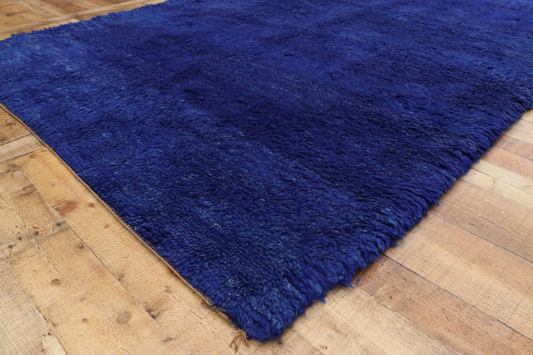20th Century Vintage Indigo Blue Beni Mrirt Moroccan Rug, Berber Shag Rug with Abstract Style For Sale