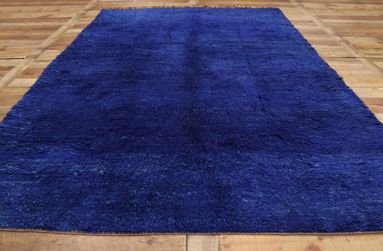 Wool Vintage Indigo Blue Beni Mrirt Moroccan Rug, Berber Shag Rug with Abstract Style For Sale