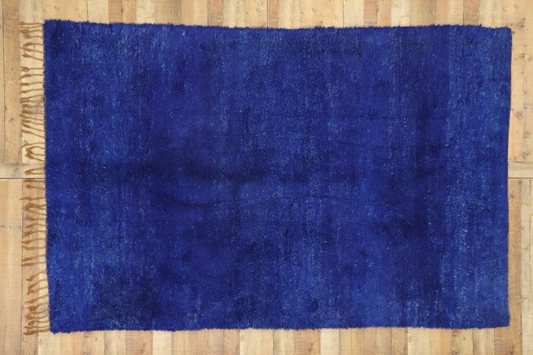Vintage Indigo Blue Beni Mrirt Moroccan Rug, Berber Shag Rug with Abstract Style For Sale 1