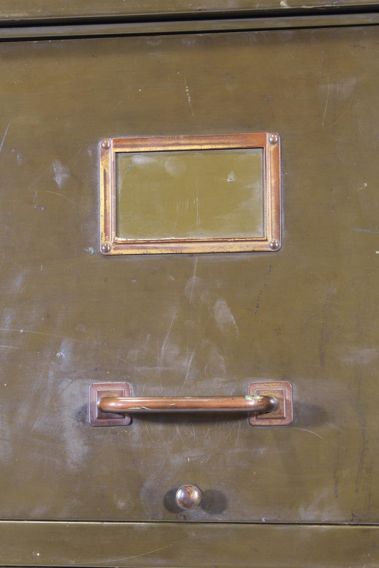 Vintage Industrial Army Green Art Metal Combination Flat