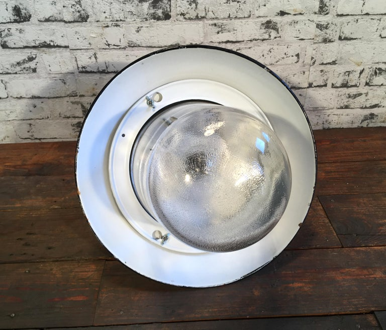 Vintage Industrial Black Enamel And Cast Iron Wall Lamp, 1950s For Sale 1
