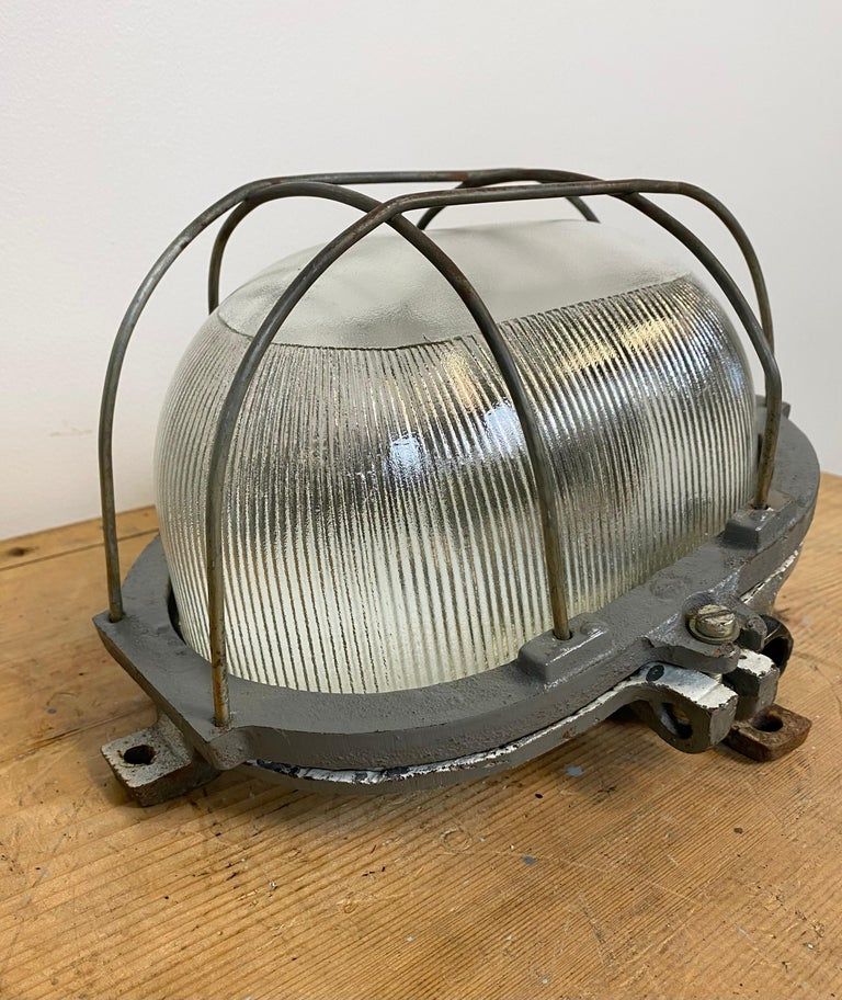European Vintage Industrial Cast Iron Wall Light, 1960s For Sale
