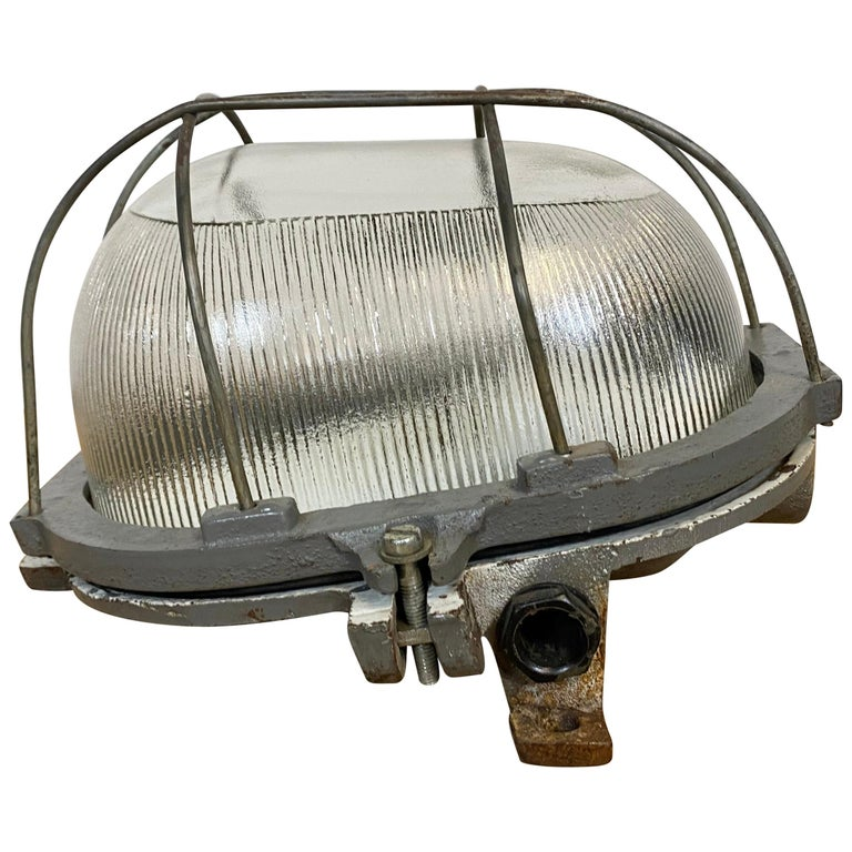 Vintage Industrial Cast Iron Wall Light, 1960s For Sale