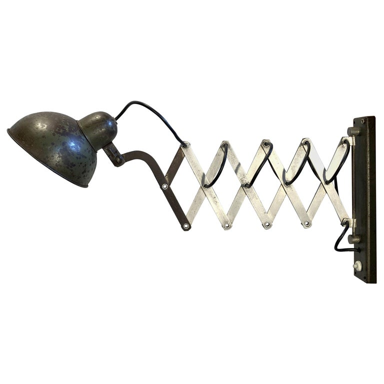 Vintage Industrial Green Scissor Wall Lamp, 1960s For Sale