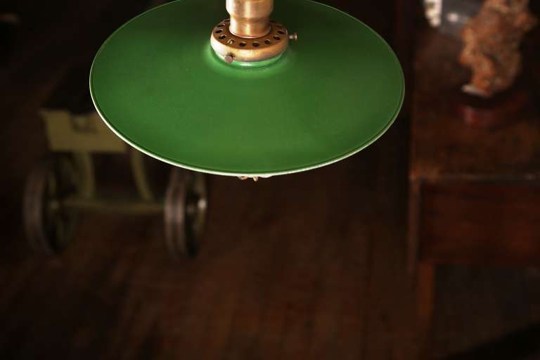 Vintage Industrial, O.C. White Adjustable Ceiling Task Light Lamp In Good Condition For Sale In Oakville, CT