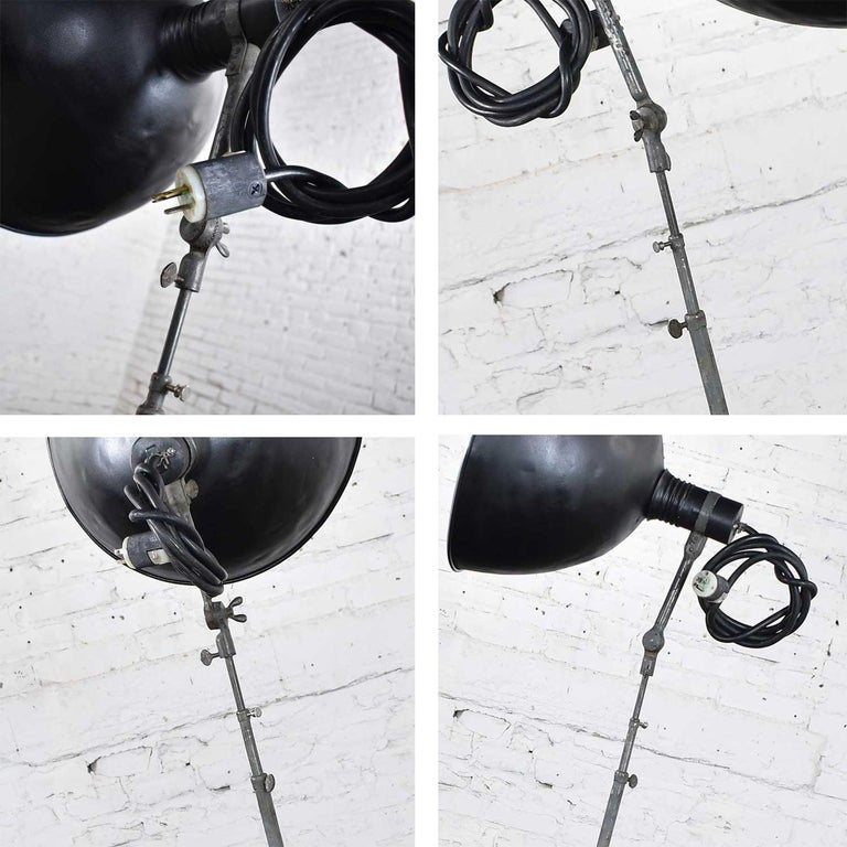 Vintage Industrial Pair of Photographers Floor Lights Tripod Base For Sale 3
