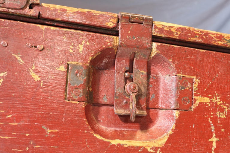 Vintage Industrial Wooden Toy Trunk Coffee Table on Castors For Sale 11