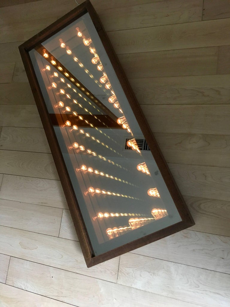 Vintage Infinity Mirror In Excellent Condition For Sale In Los Angeles, CA