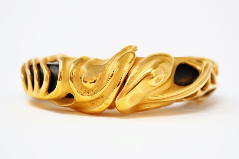 Vintage Inna Cytrine Chunky Black Lucite Gilded Bangle Bracelet, 1980s In Good Condition For Sale In Los Angeles, CA