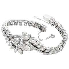 Vintage Interlocking 13.08 Carat Diamond Leaf Motif Platinum Bracelet