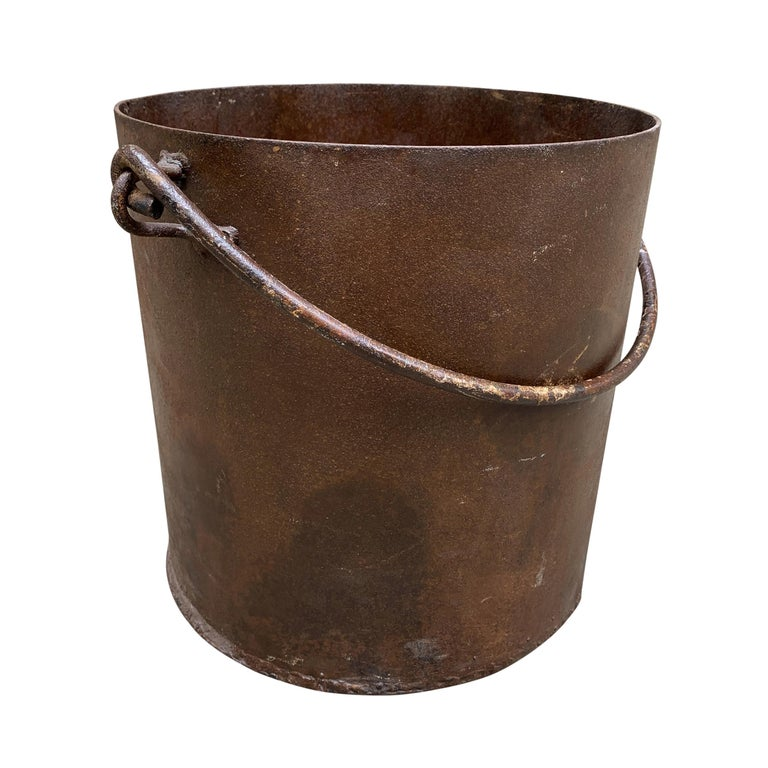 Vintage Iron Bucket In Good Condition For Sale In Chicago, IL
