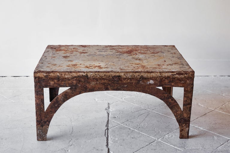 Vintage Iron Coffee Table In Fair Condition For Sale In Los Angeles, CA