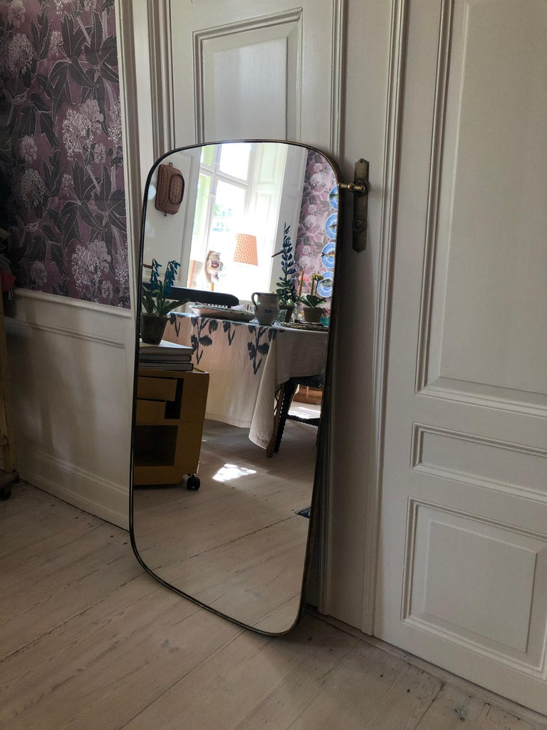 Mid-20th Century Vintage Italian 1950s Curved Brass Mirror For Sale