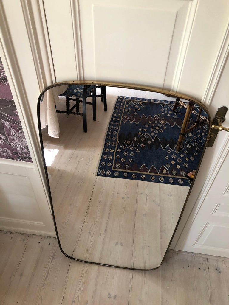 Vintage Italian 1950s Curved Brass Mirror For Sale 1