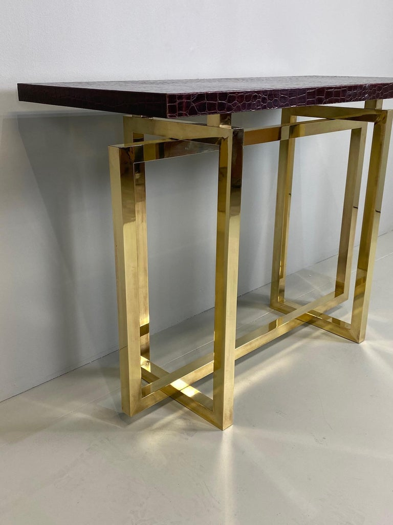 20th Century Vintage Italian Brass Console Table with Crocodile Stamped Leather Top For Sale