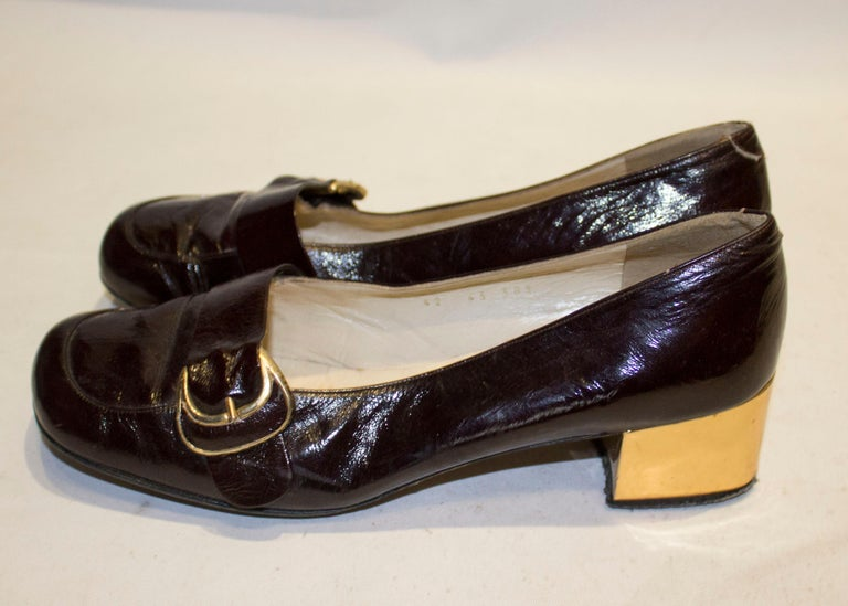 Women's Vintage Italian Brown Patent and Gold Shoes For Sale