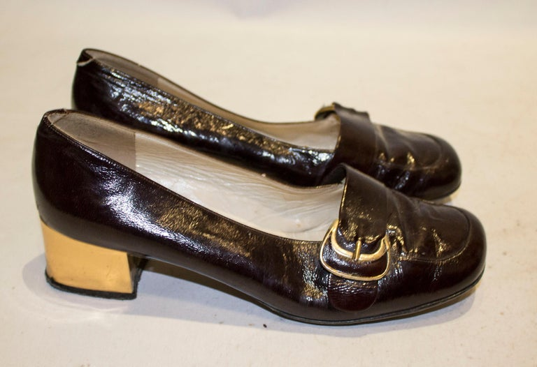 Vintage Italian Brown Patent and Gold Shoes For Sale 2