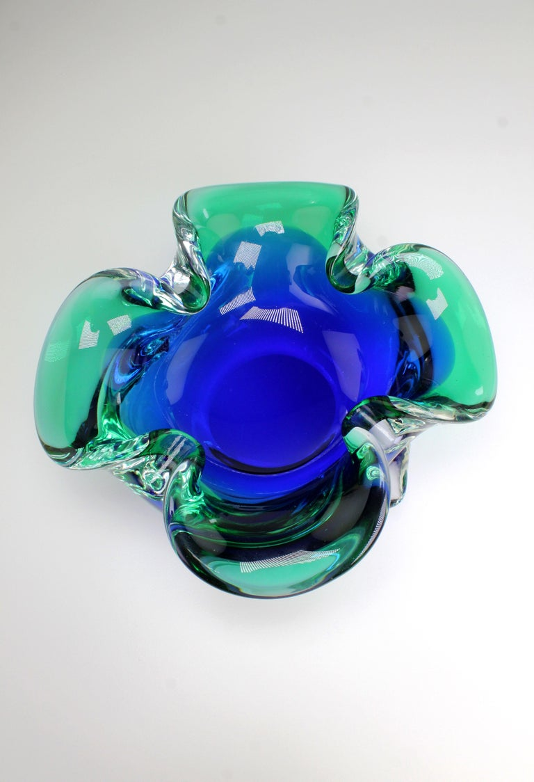 Vintage Italian Clear Blue and Emerald Green Murano Glass Bowl, 1950s In Good Condition For Sale In Copenhagen, DK