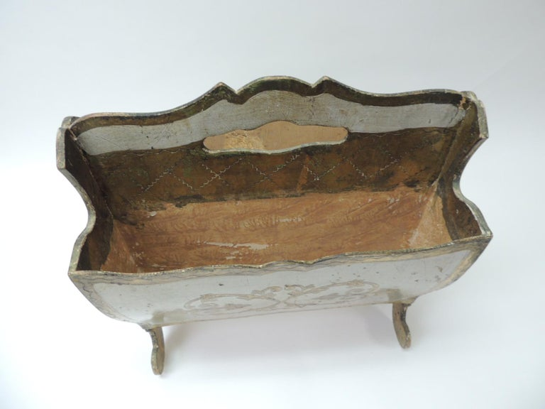 Mid-Century Modern Vintage Italian Florentine Painted and Giltwood Magazine Holder For Sale