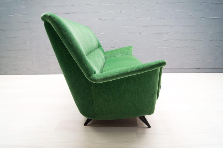 Vintage Italian Green 3-Seat Sofa, 1950s In Good Condition For Sale In Nürnberg, Bayern