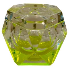 Vintage Italian Lime Green Lucite Ice Bucket, Atrrib. to Albrizzi