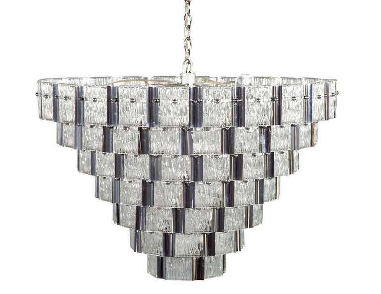 Vintage Italian Mid-Century Modern Murano Glass Chandelier In Good Condition For Sale In North York, ON