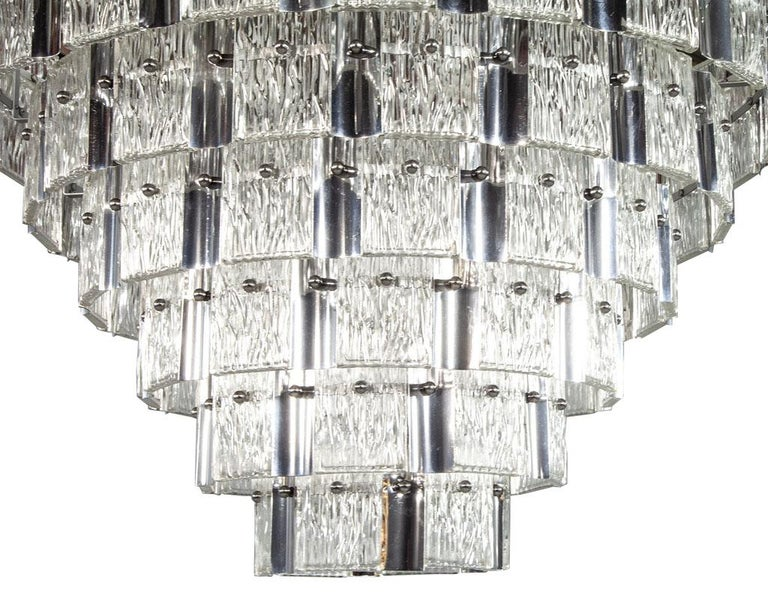 Vintage Italian Mid-Century Modern Murano Glass Chandelier For Sale 4
