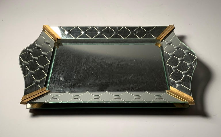 Vintage Italian mirrored vanity tray. In the style of Tommi Parzinger. Hollywood Regency