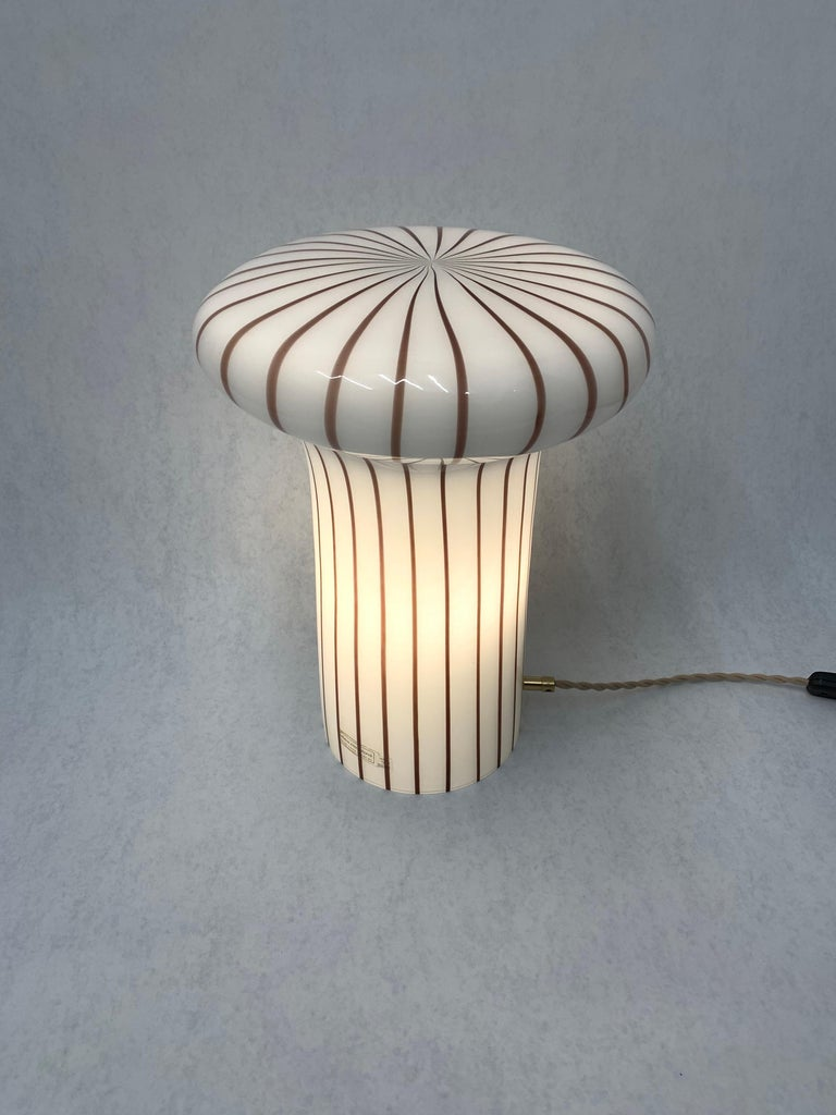 Vintage Italian Murano Glass Funghi Table Lamp For Sale 8