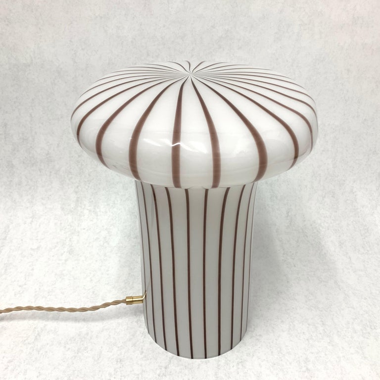 Vintage Italian Murano Glass Funghi Table Lamp For Sale 9