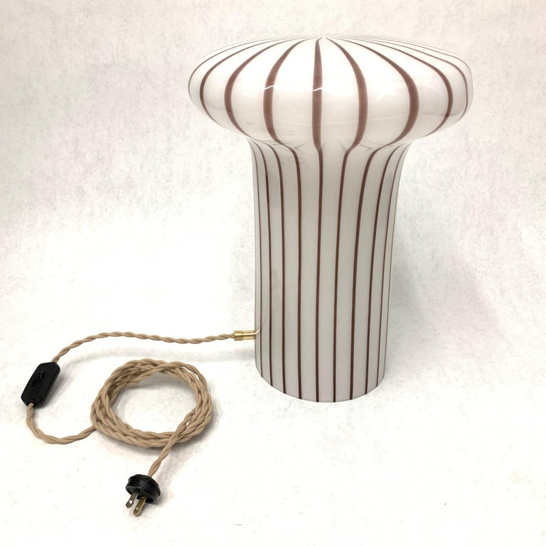 Vintage Italian Murano Glass Funghi Table Lamp For Sale 1