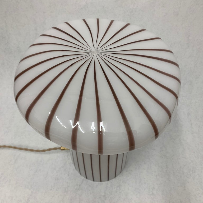 Vintage Italian Murano Glass Funghi Table Lamp For Sale 3