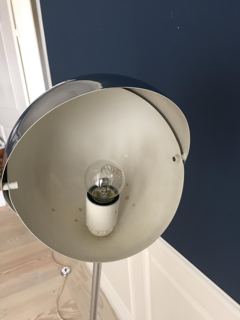 Italian Vintage Paolo Tilche Adjustable '3s' Floor Lamp in Chrome Metal, Italy 1970's For Sale