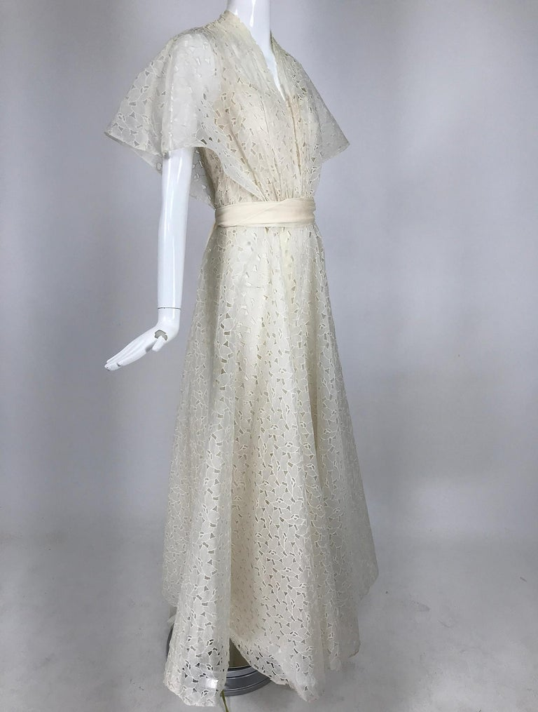 Vintage Ivory Organza Cut Work Summer Evening Party Dress 1940s 10-12 For Sale 2