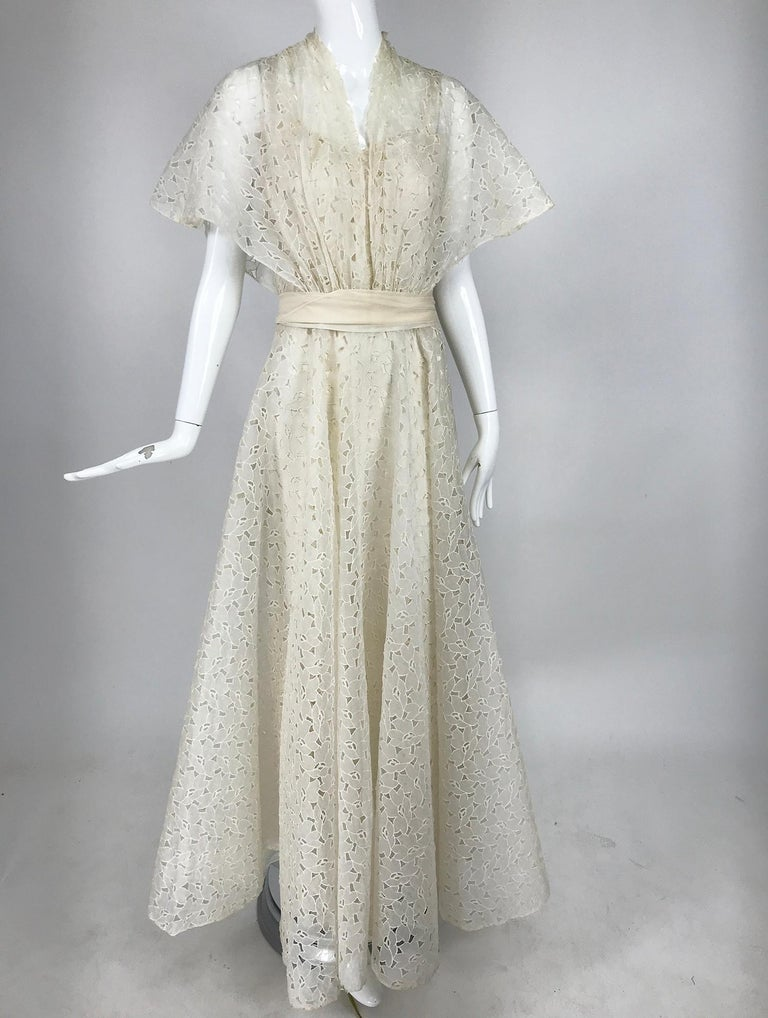 Vintage Ivory Organza Cut Work Summer Evening Party Dress 1940s 10-12 For Sale 4
