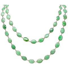 Vintage Jade Cabochon 18 Karat White Gold Long Chain Necklace