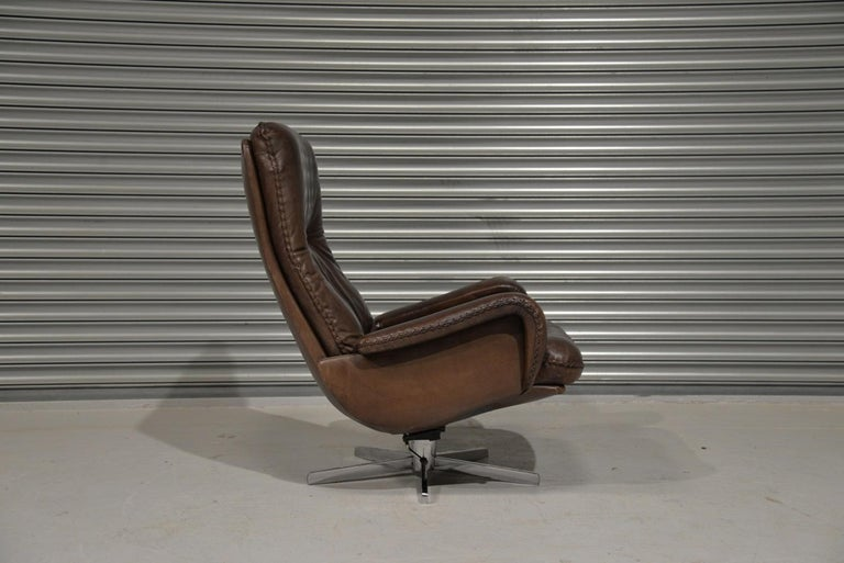 Vintage James Bond De Sede S231 Swivel Armchair and Ottoman, Switzerland 1960s 4