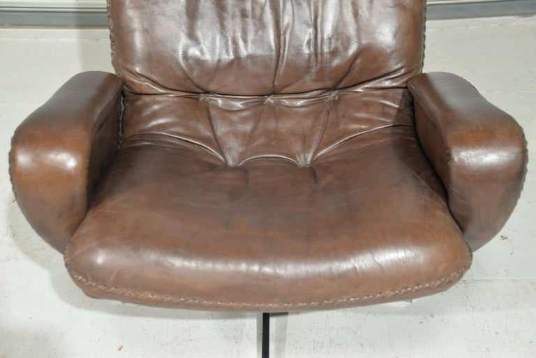 Vintage James Bond De Sede S231 Swivel Armchair and Ottoman, Switzerland 1960s 7