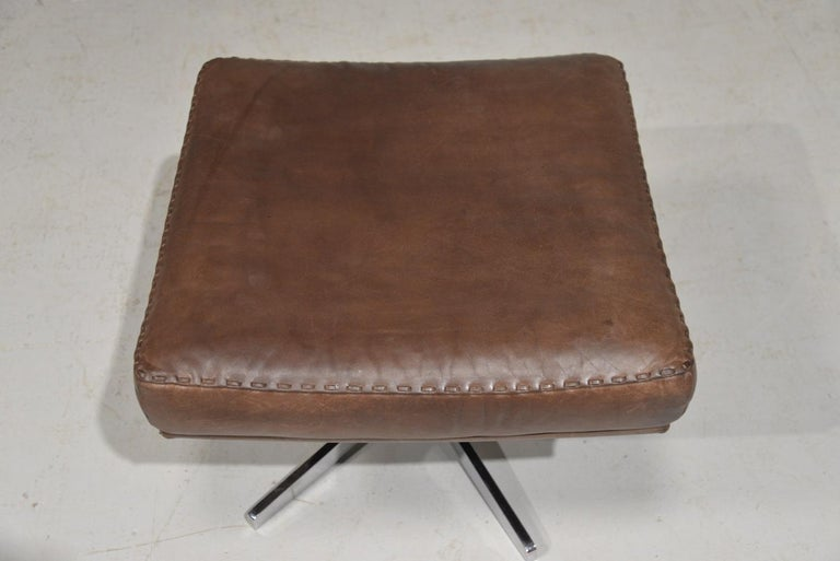 Vintage James Bond De Sede S231 Swivel Armchair and Ottoman, Switzerland 1960s 9
