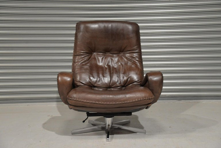 Vintage James Bond De Sede S231 Swivel Armchair and Ottoman, Switzerland 1960s In Good Condition In Fen Drayton, Cambridgeshire
