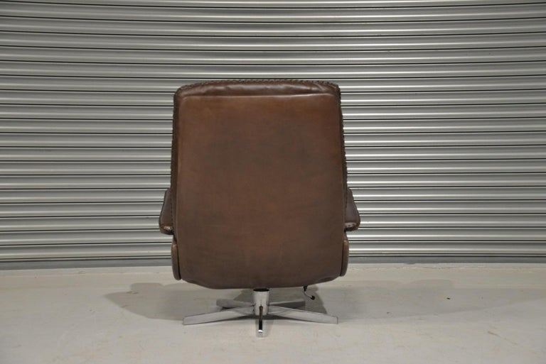 Vintage James Bond De Sede S231 Swivel Armchair and Ottoman, Switzerland 1960s 2