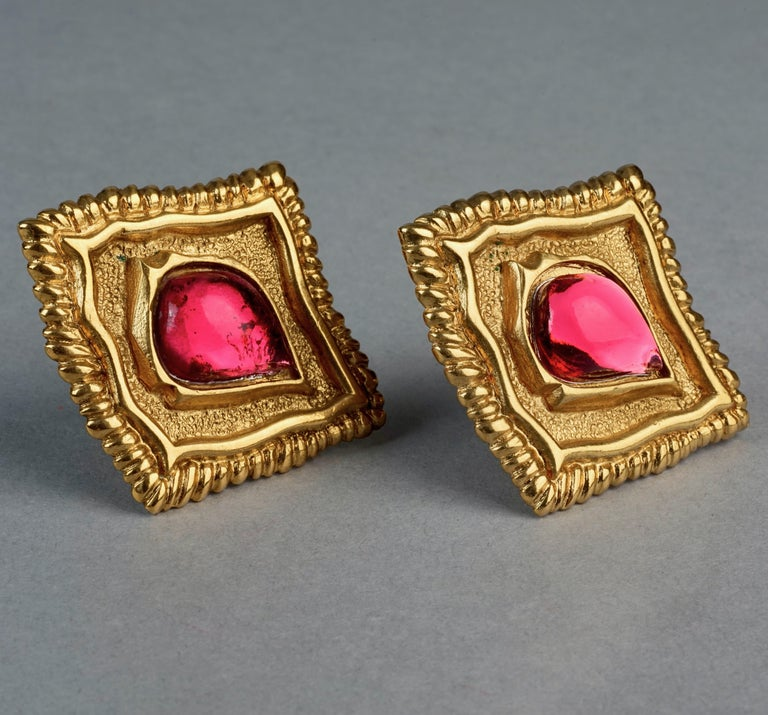 Vintage JEAN LOUIS SCHERRER Red CabochonTextured Inverted Square Earrings For Sale 3