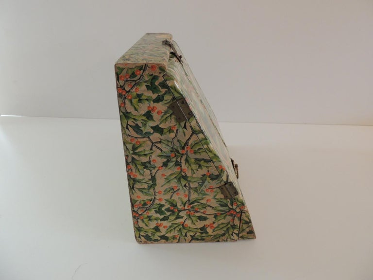 Victorian Vintage Jewelry Box Cover in Holly Pattern Paper For Sale