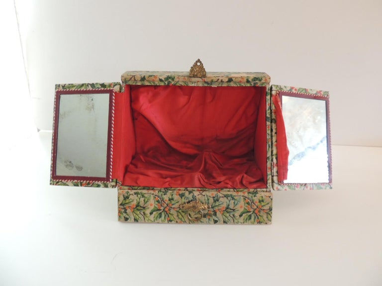 Hand-Crafted Vintage Jewelry Box Cover in Holly Pattern Paper For Sale