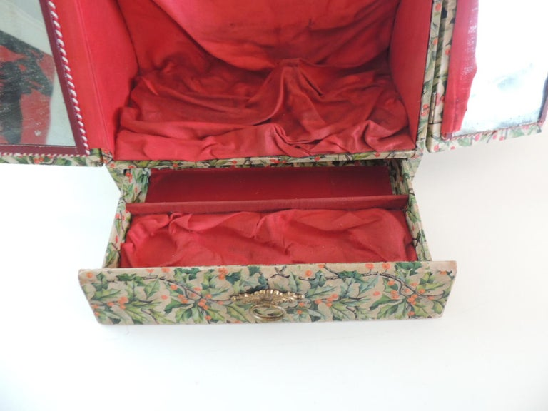 Vintage Jewelry Box Cover in Holly Pattern Paper In Fair Condition For Sale In Wilton Manors, FL