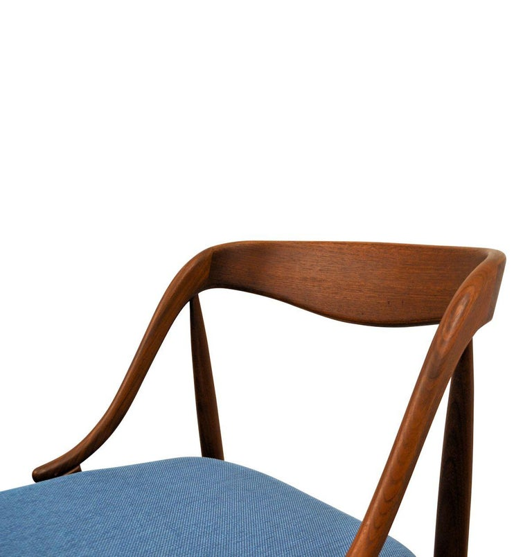 Vintage Johannes Andersen Teak Dining Chairs, Set of Four For Sale 2
