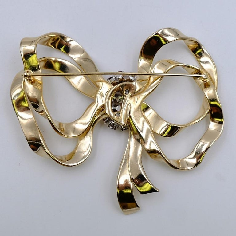 Vintage Jomaz Massive Bow Brooch With Rhinestones 1950's In Good Condition For Sale In Austin, TX