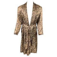 Vintage JORDAN MARSH Size M Taupe & White Paisley Silk Belted Robe