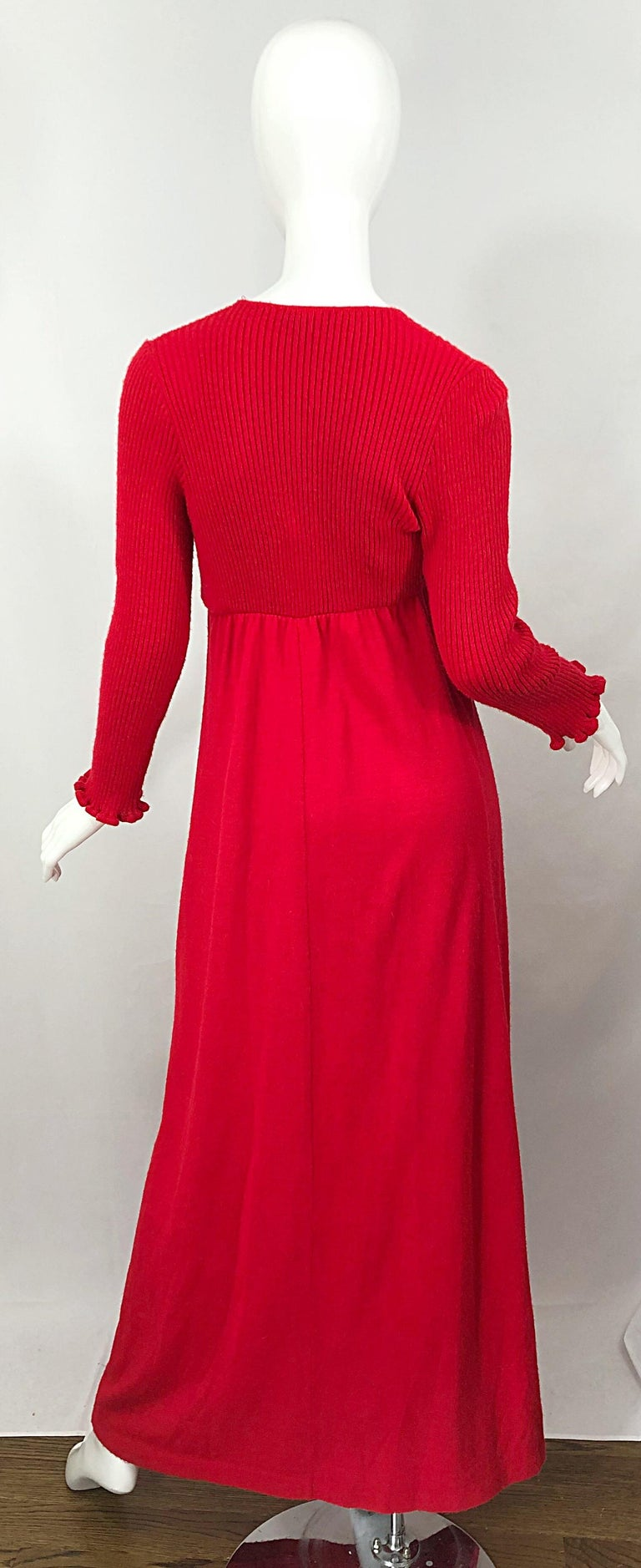 Vintage Joseph Magnin 1970s Lipstick Red Long Sleeve Wool 70s Sweater Maxi Dress In Excellent Condition For Sale In Chicago, IL